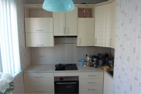 фото кухни глянец